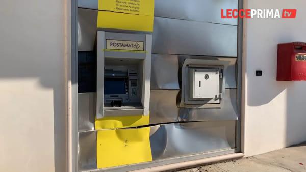 Video | Fallisce l'assalto al postamat con il pick-up lanciato in retromarcia