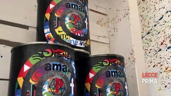 supermarket art gallery - i supermercati diventano gallerie d'arte, arm e le sue opere a supporto delle persone-4