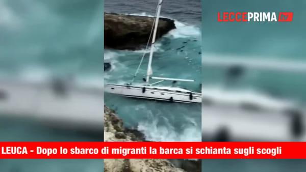 Video | Dopo l'approdo dei migranti la barca si schianta sulla scogliera di Leuca