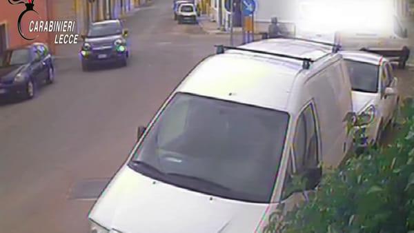 Video | Rapinatori incastrati nonostante lo strato di fondotinta messo sul viso