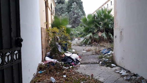 Video | Sgomberata all'alba l'ex Manifattura tabacchi, bomba ecologica in città
