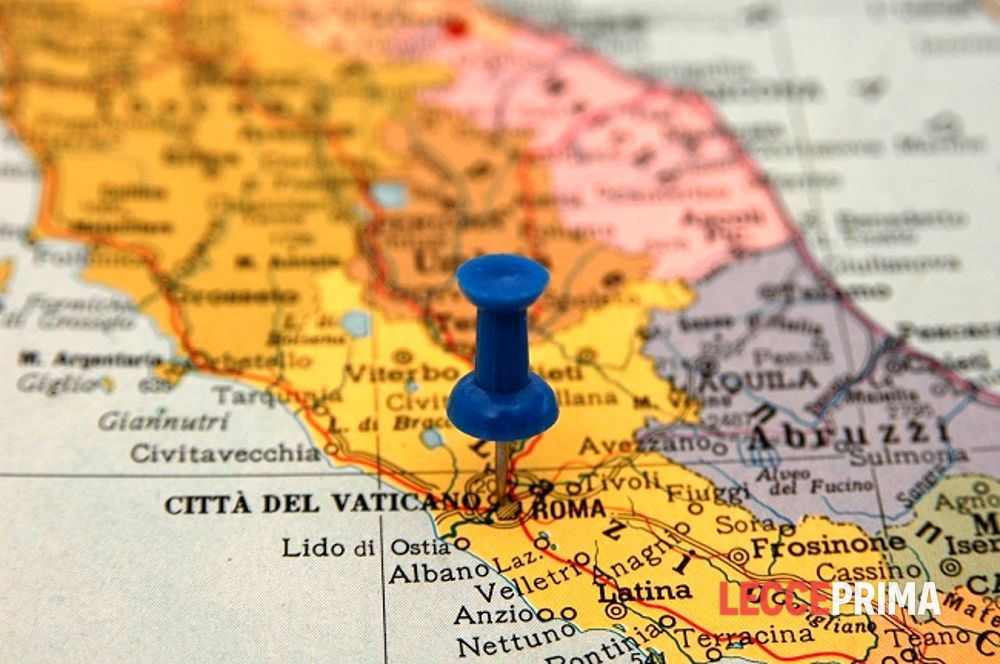Cartina Geografica Italia Gallipoli.Una Nuova Carta Con Solo 36 Province Parola Di Societa Geografica Italiana